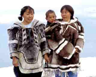 1Inuit-Kleidung_1.jpg picture by nancerose