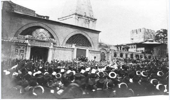 topçu kışlası 1909 isyanı