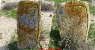 Qobustan mezarları.