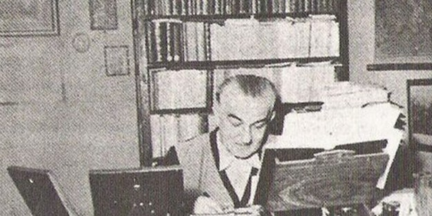 İsmâil Hâmî Dânişmend (d. 1899, Merzifon) – (ö. 12 Nisan 1967), Türk tarihçi ve Türk Dili araştırmacısı.